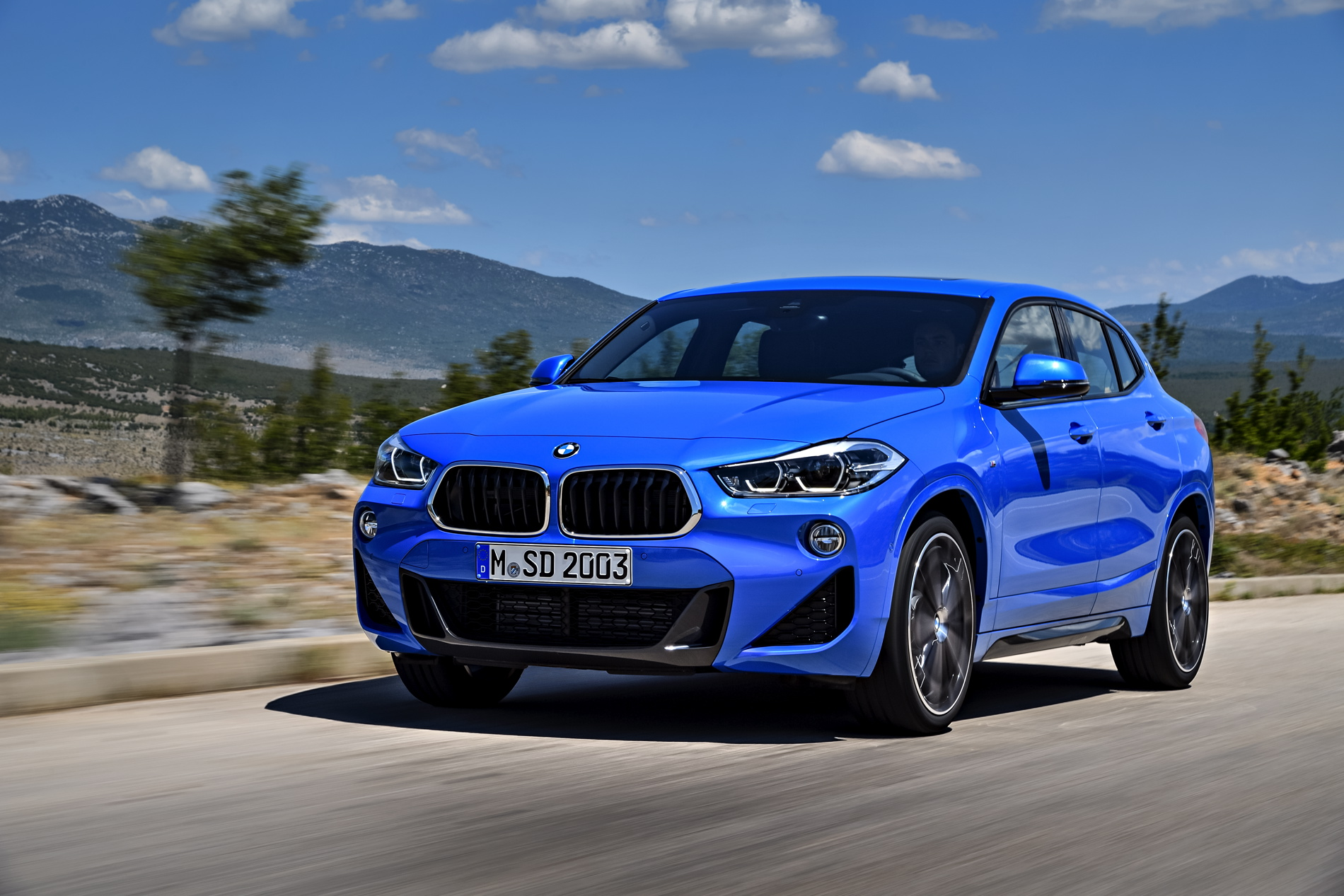 Bmw X5 Interior >> First videos of the new BMW X2