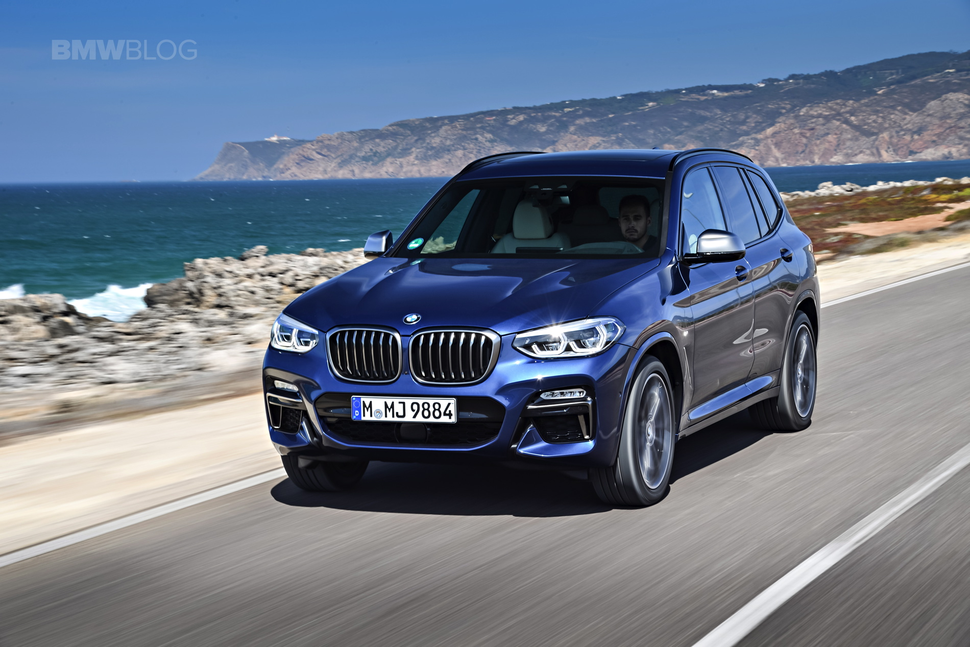 2018 BMW X3 M40i photoshoot 78