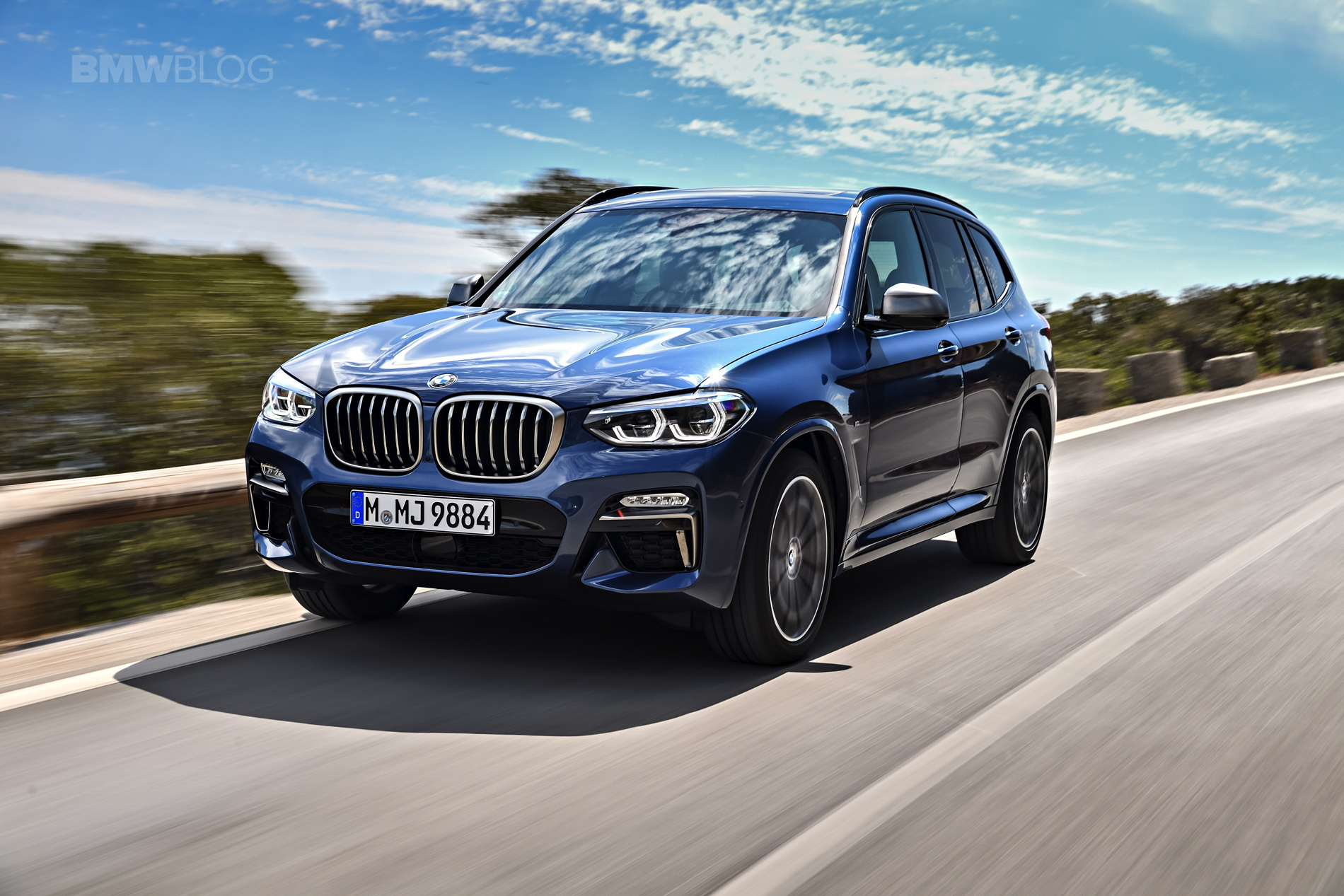 2018 BMW X3 M40i photoshoot 90