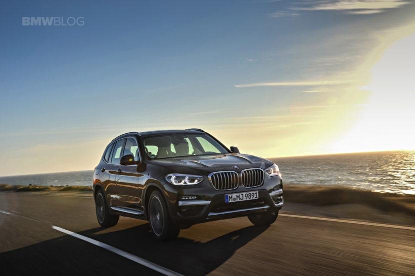 2018 BMW X3 xDrive30D photoshoot 34 830x553