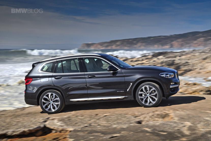 2018 BMW X3 xDrive30D photoshoot 48 830x553