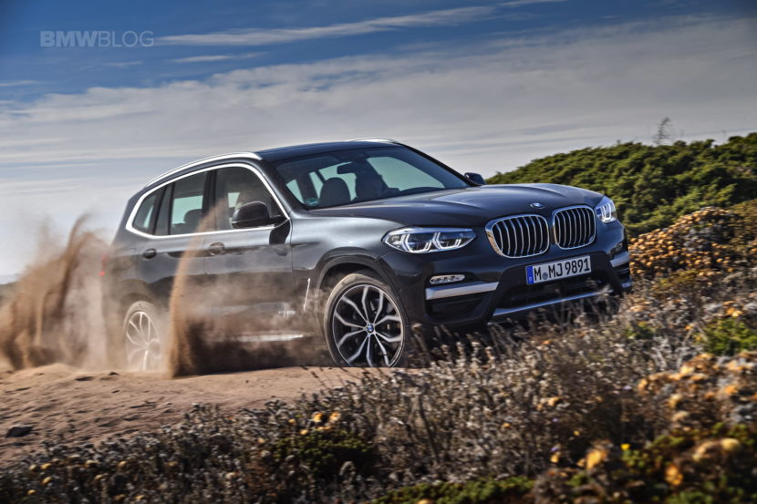2018 BMW X3 xDrive30D photoshoot 89 830x553