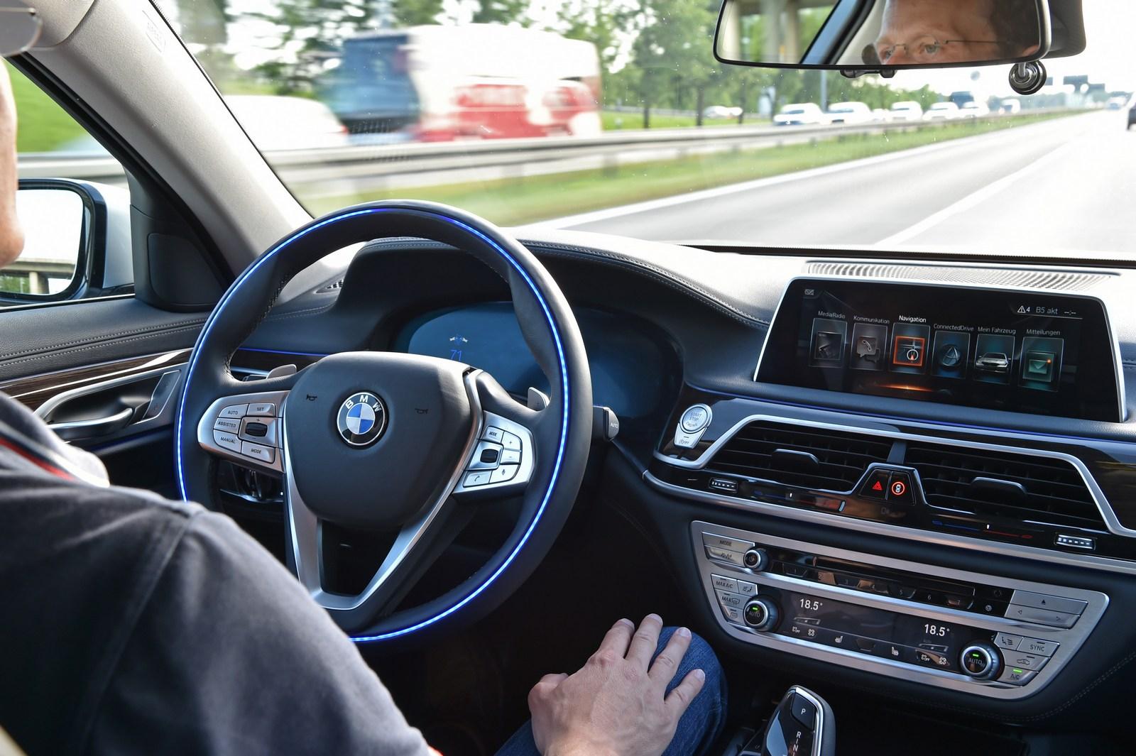 BMW 7 Series Prototype 10