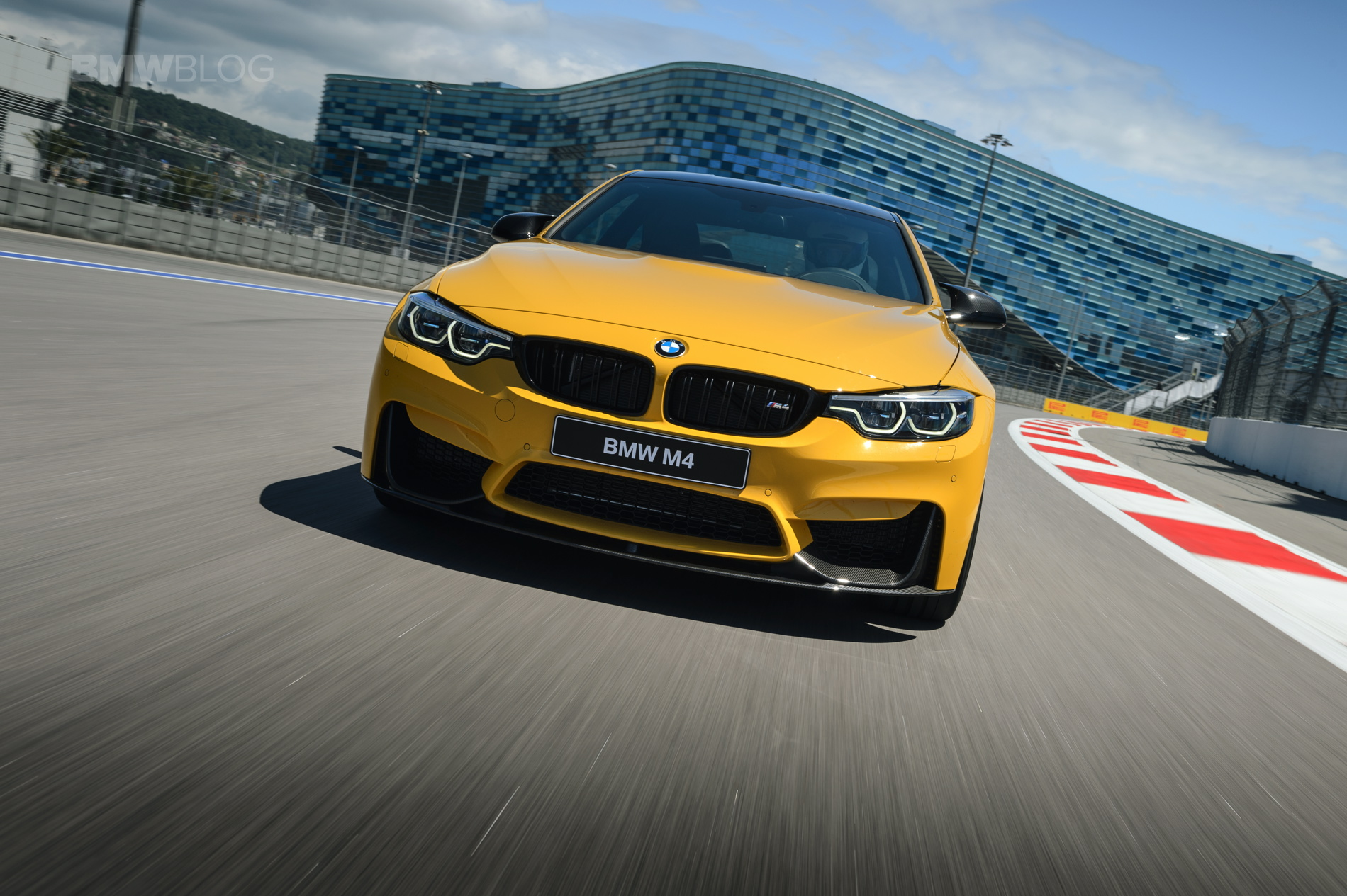 BMW M4 Speed Yellow Laguna Seca Blue 15