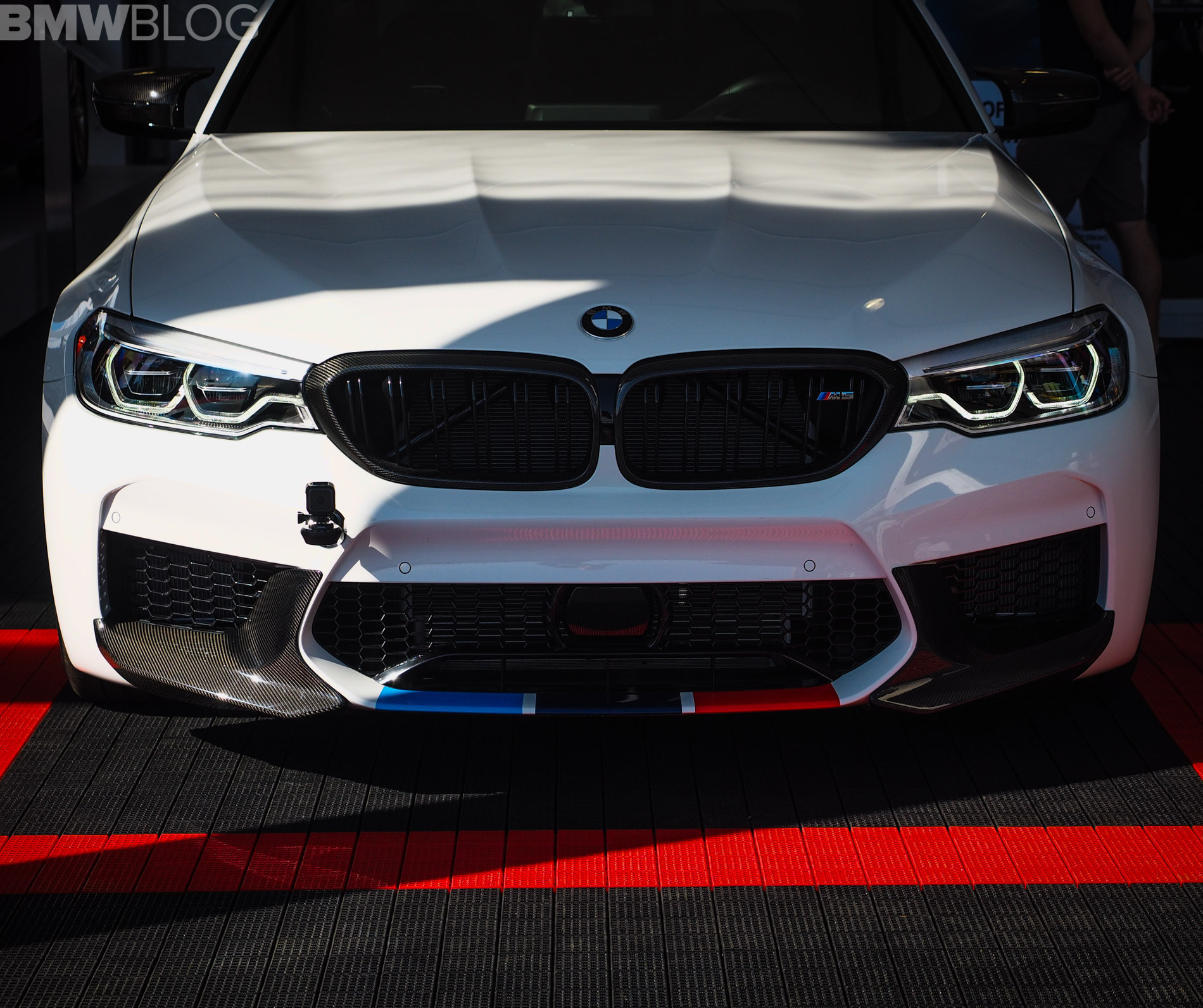 Bmw X7: 2017 SEMA Live Photos: BMW F90 M5 With M Performance Parts