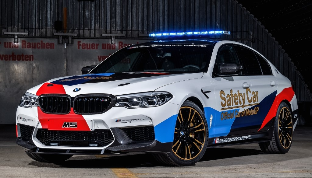 BMW M5 MotoGP Safety Car 1