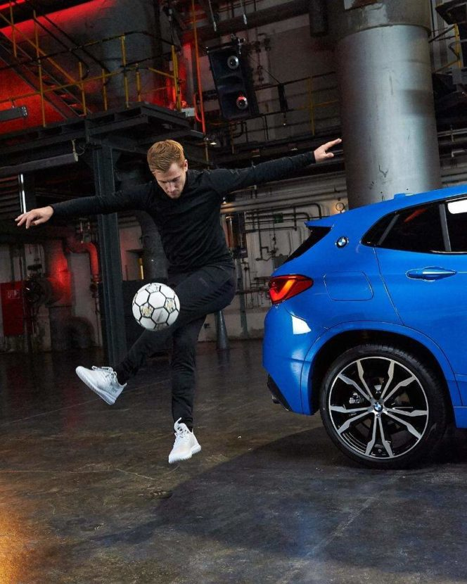 Misano Blue BMW X2 664x830