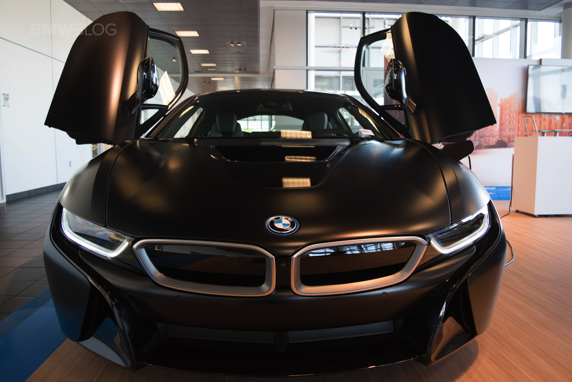 Two Bmw I8s That Shine In Different Ways