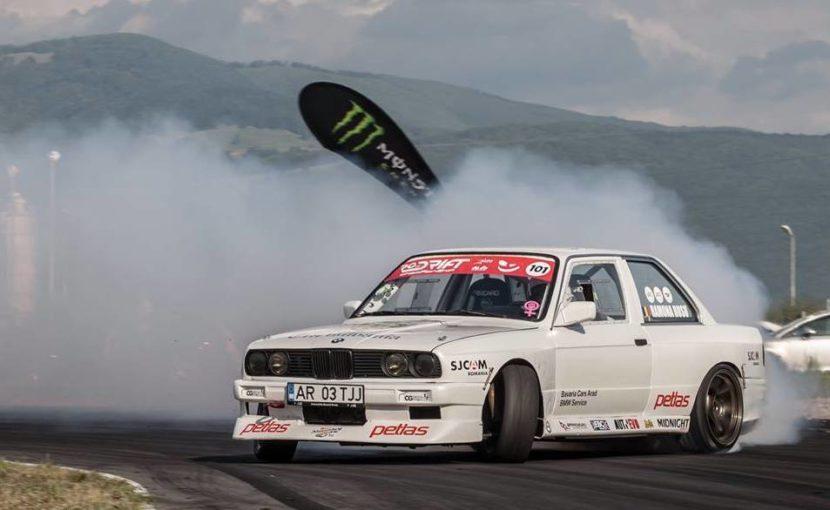 Ramona Rusu BMW E30 08 830x510