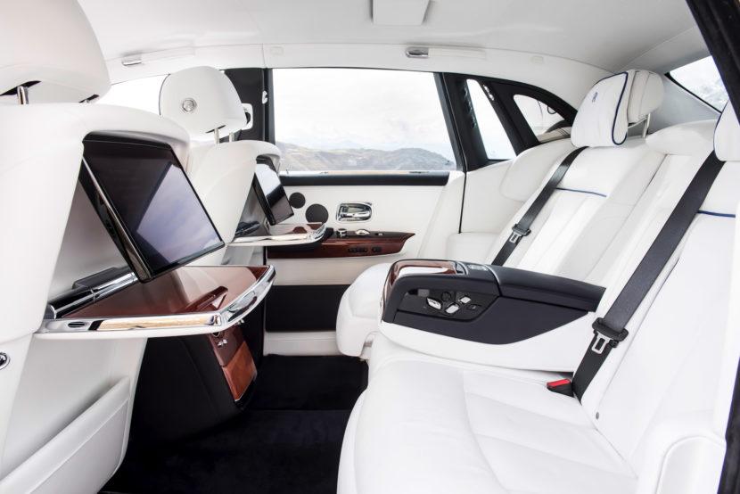 Rolls Royce Phantom VIII 31 830x554