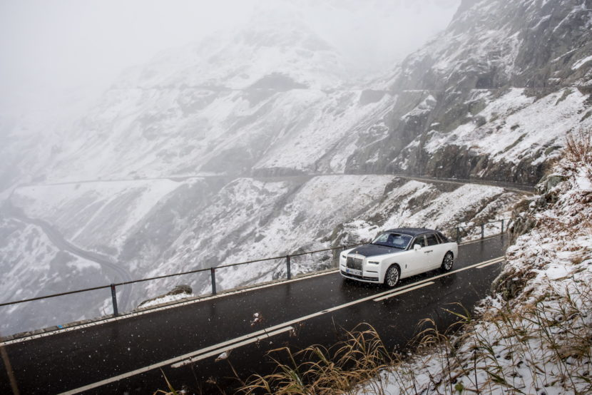 Rolls Royce Phantom VIII 37 830x554