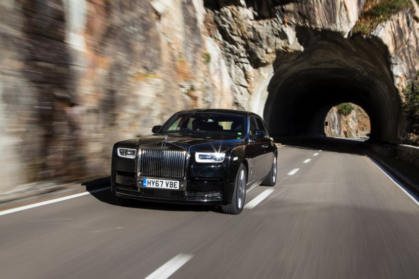 Rolls Royce Phantom VIII 63 830x553