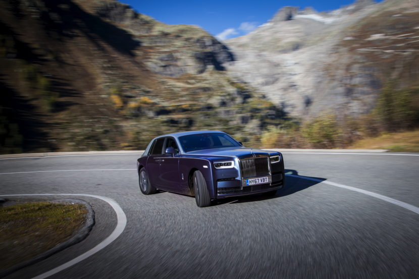 Rolls Royce Phantom VIII 83 830x553