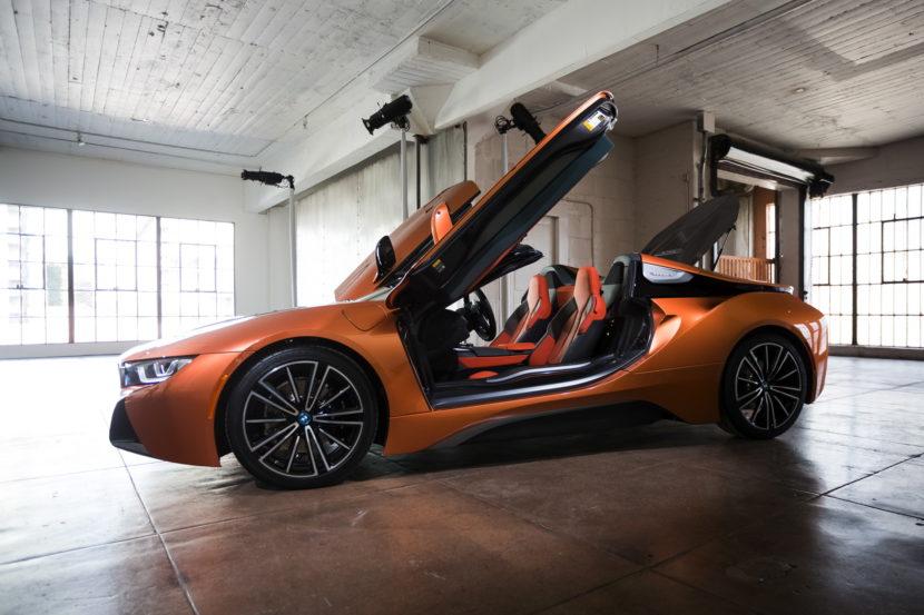 2018 BMW i8 Roadster 29 830x553