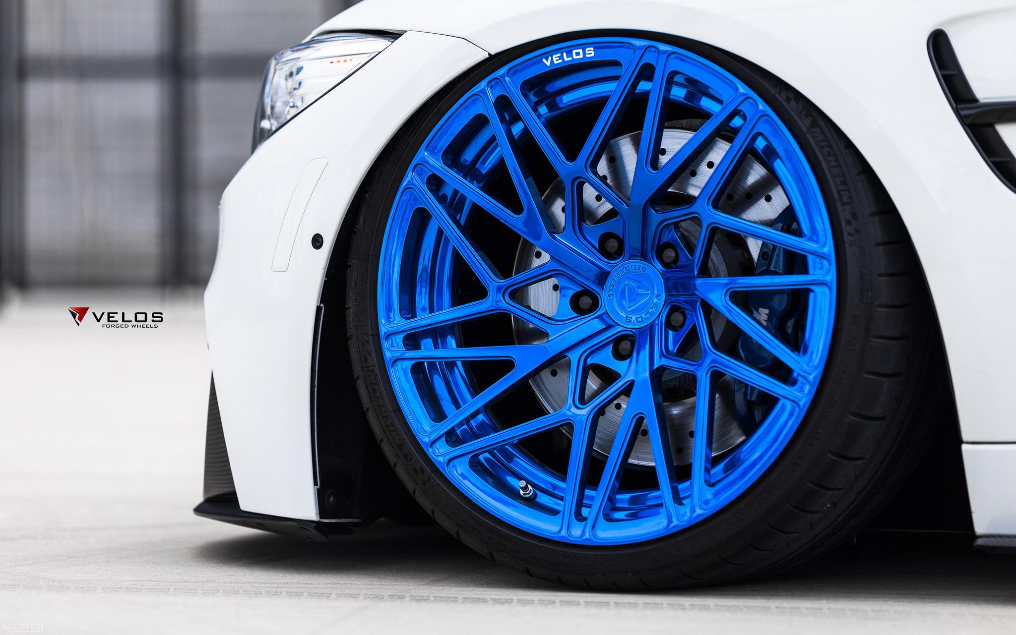 Alpine White BMW M3 With Candy Blue Velos Designwerks Wheels Image 19