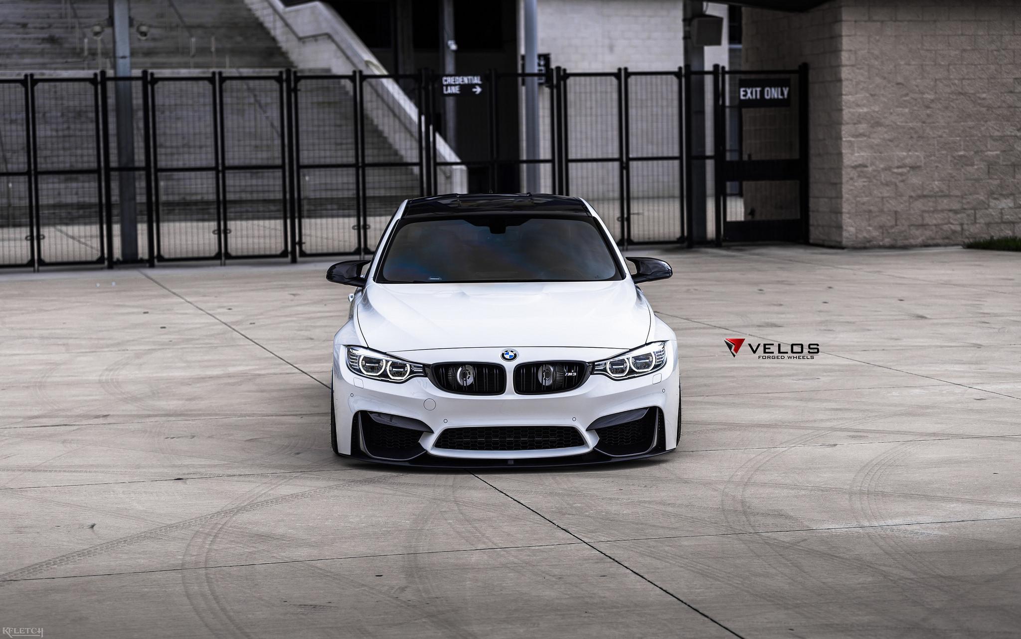 Alpine White BMW M3 With Candy Blue Velos Designwerks Wheels Image 9