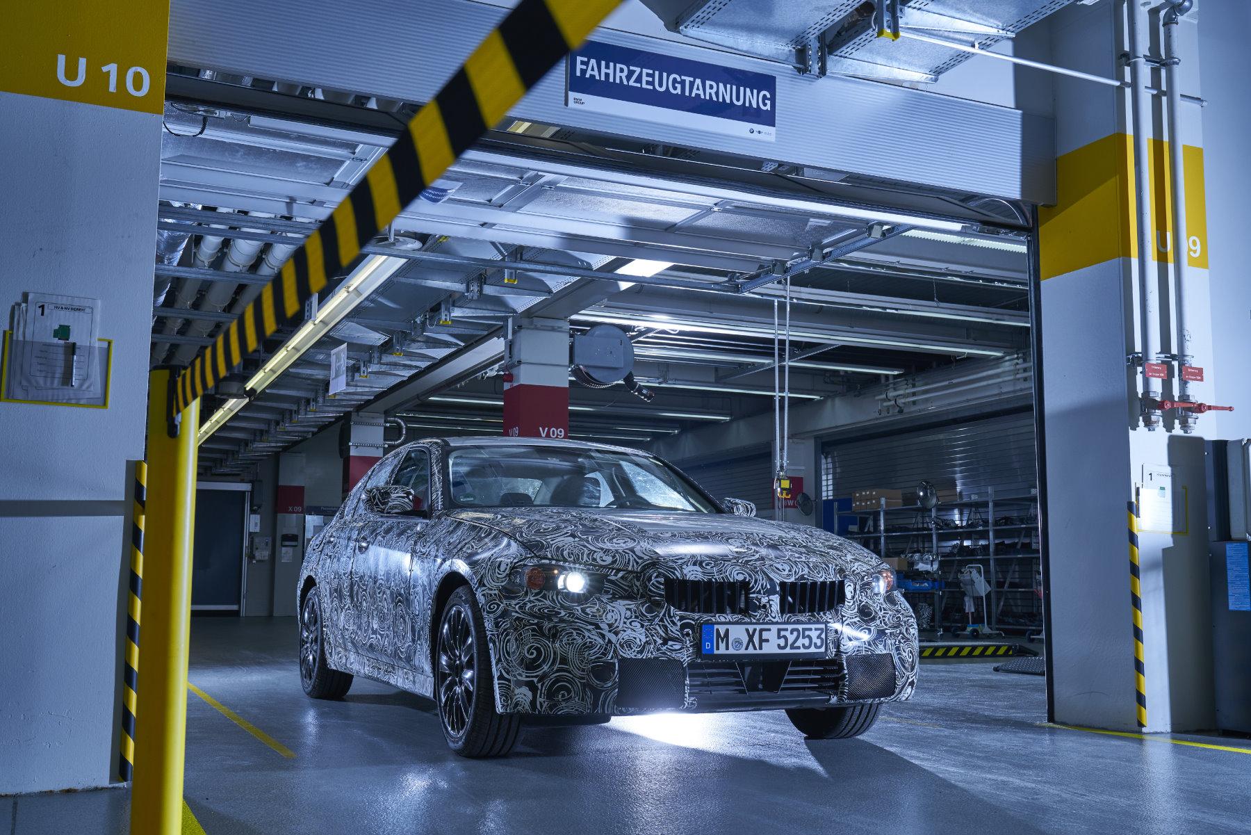 BMW Erlkoenig Tarn Werkstatt 3er G20 01