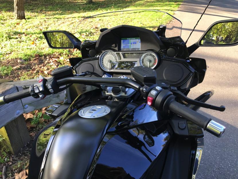 BMW K 1600 Bagger 06 830x623