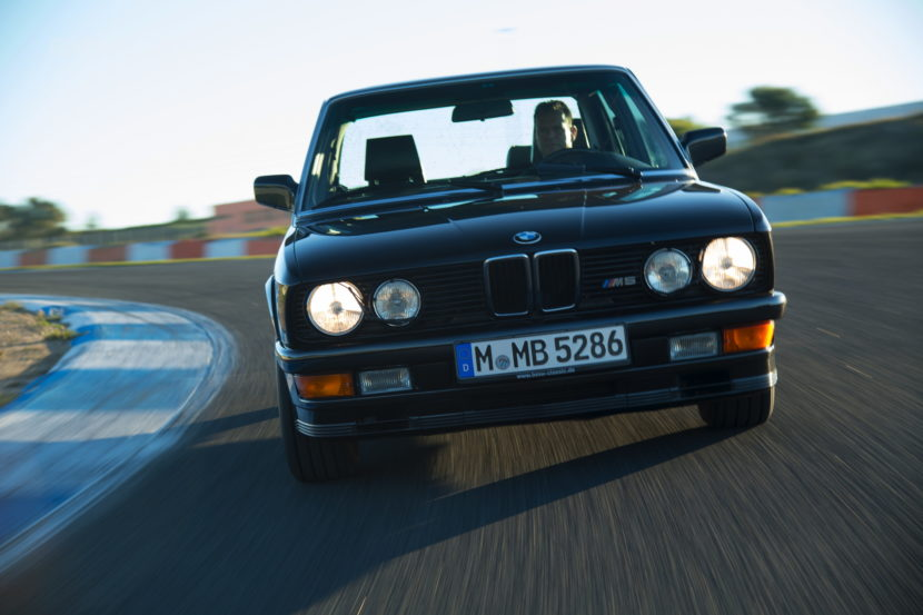 BMW M5 E28 02 830x553