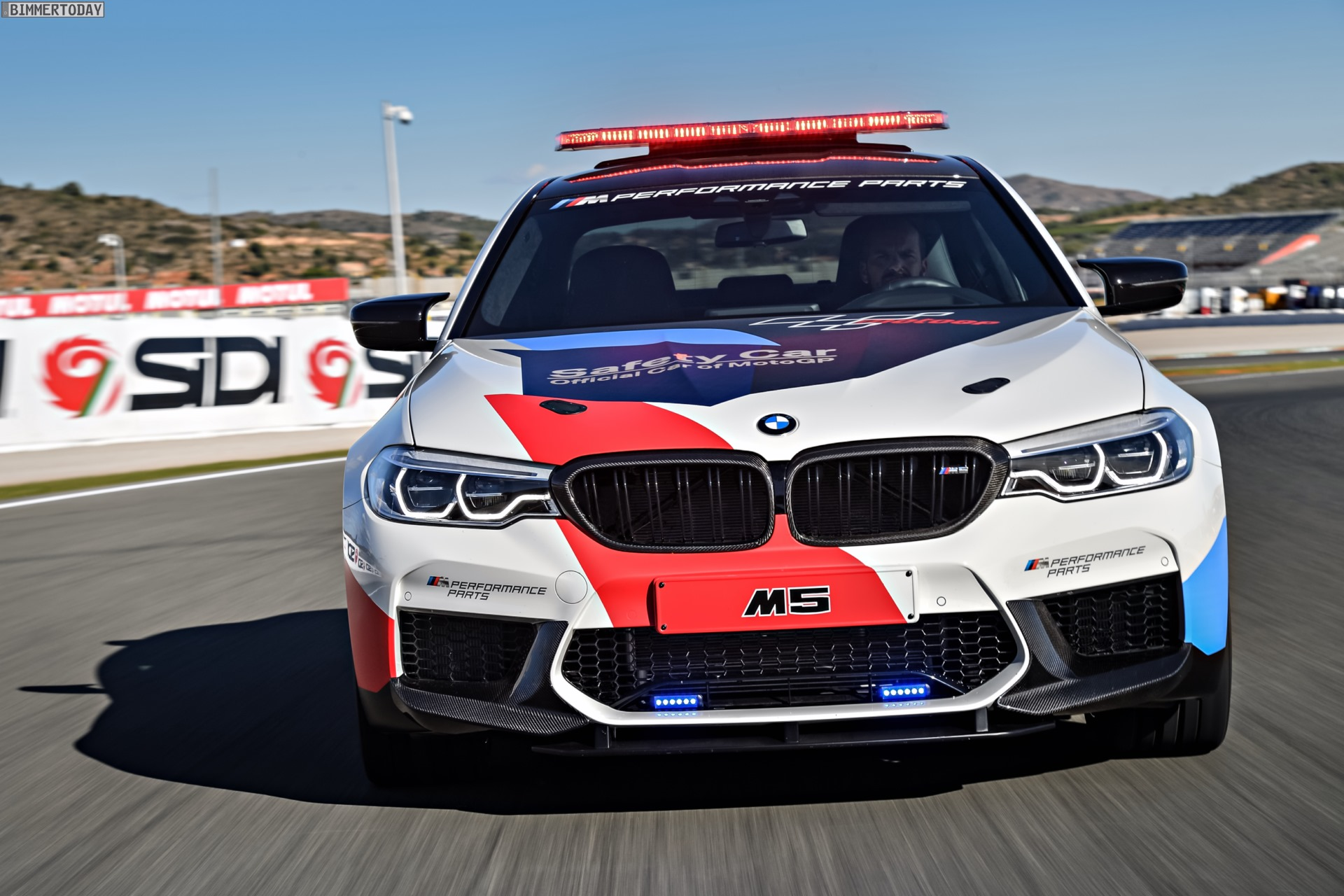 BMW M5 Safety Car 2017 MotoGP Valencia F90 03