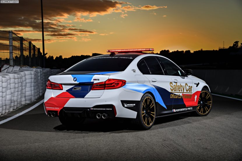 BMW M5 Safety Car 2017 MotoGP Valencia F90 11 830x553