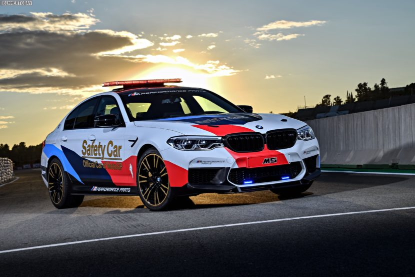BMW M5 Safety Car 2017 MotoGP Valencia F90 23 830x553