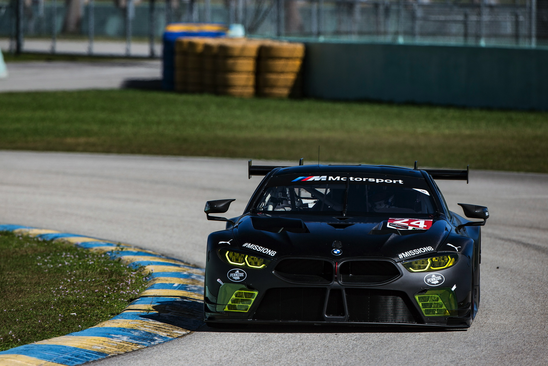 Bmw Team Rll Completes First Us Test Of Bmw M8 Gte