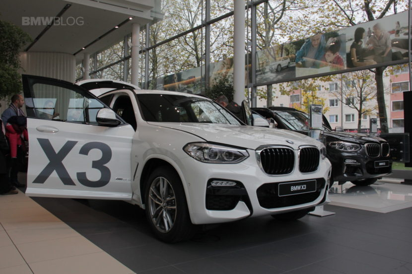 BMW Niederlassung BMW X3 17 830x553