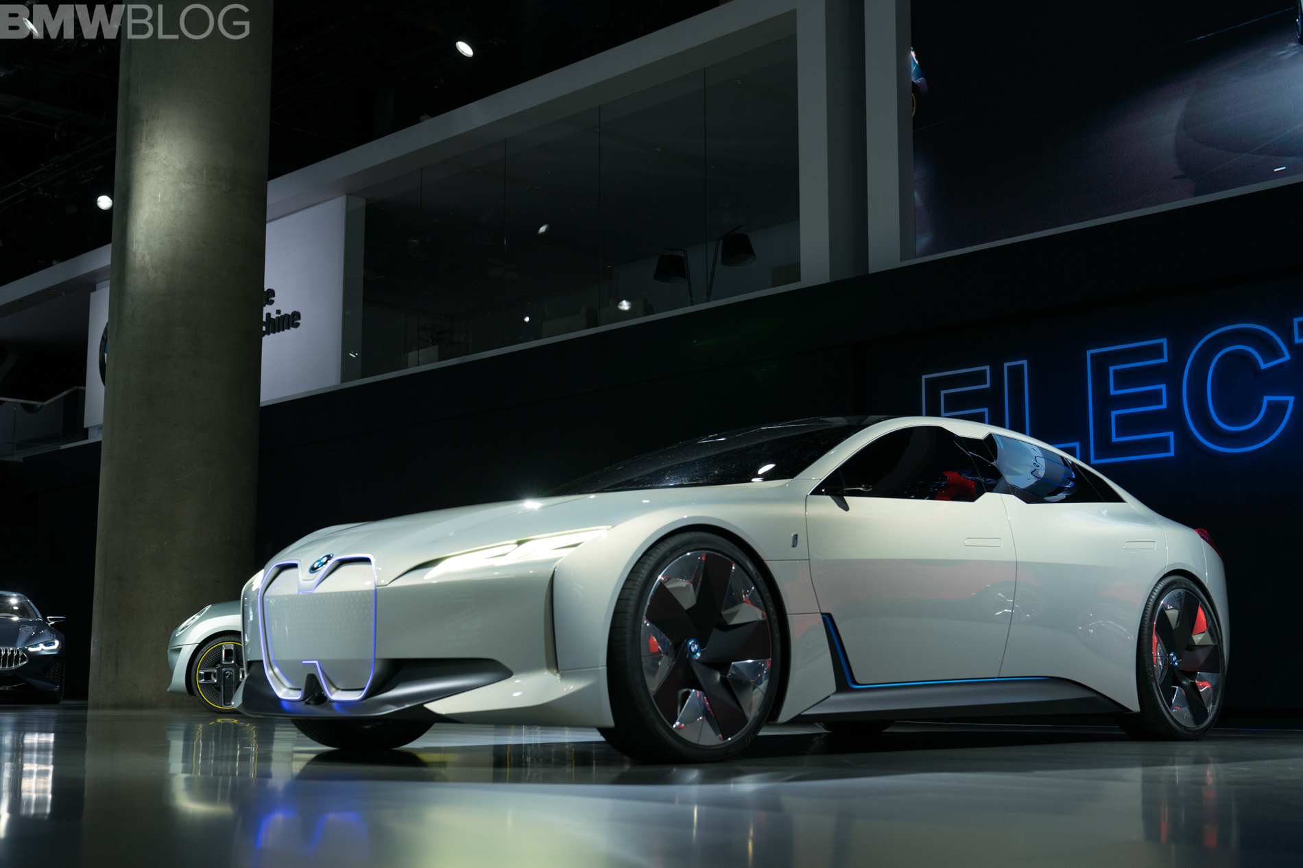 LA Auto Show North American Debut For The BMW I Vision Dynamics - Next auto show