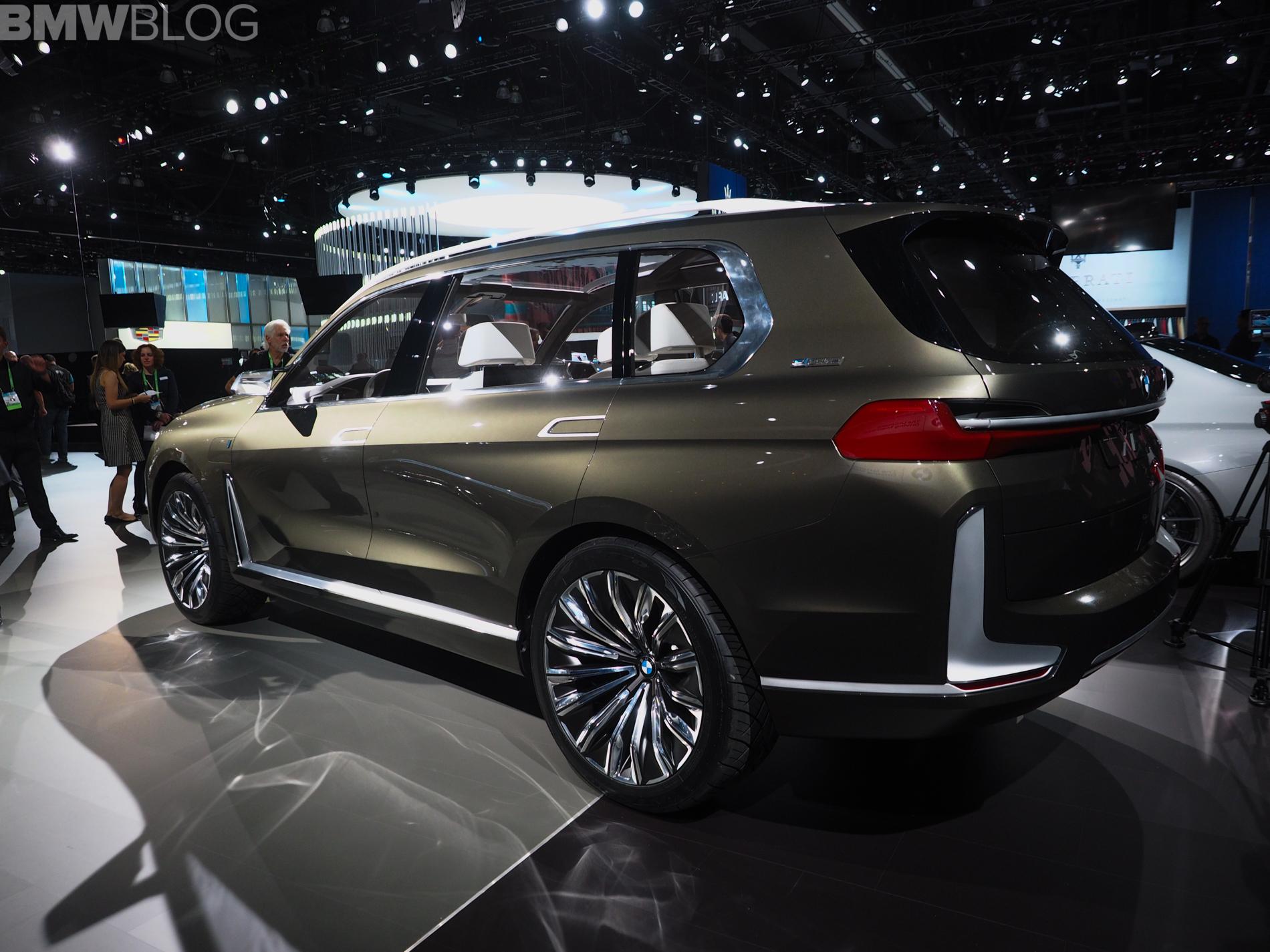 2017 La Auto Show Bmw X7 Iperformance