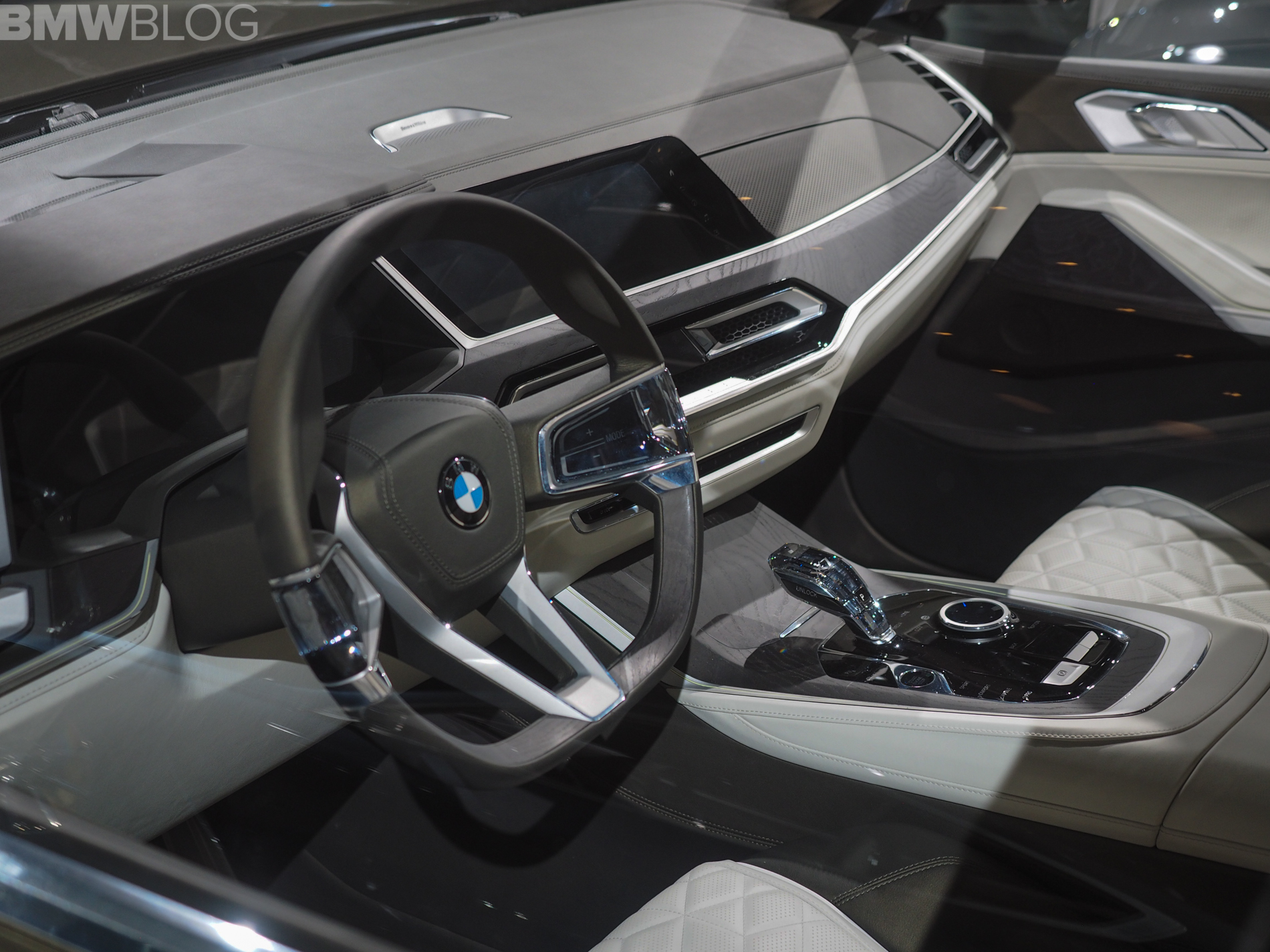 2017 la auto show bmw x7 iperformance. Black Bedroom Furniture Sets. Home Design Ideas