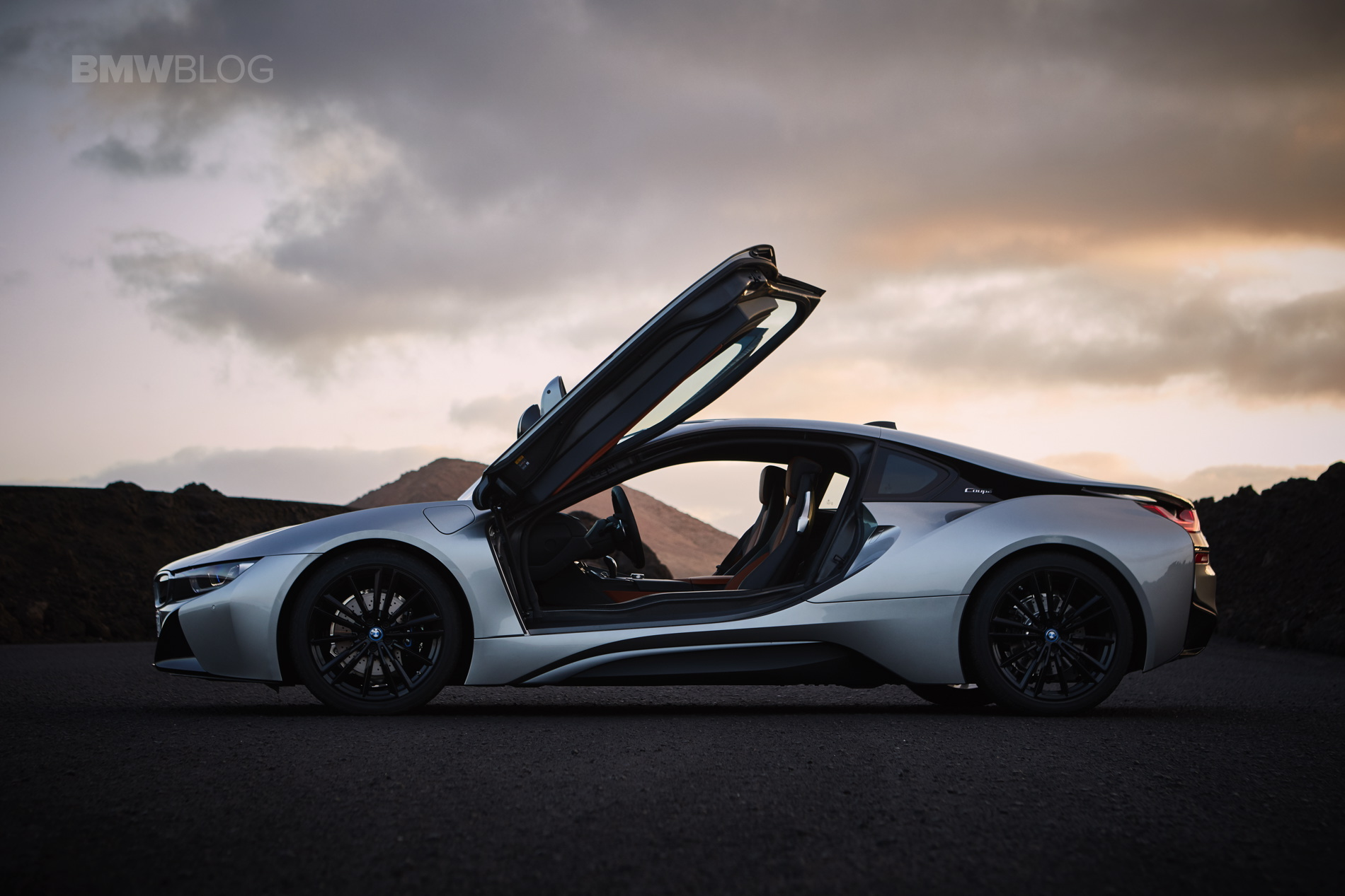 Bmw Is Considering A Second Generation I8