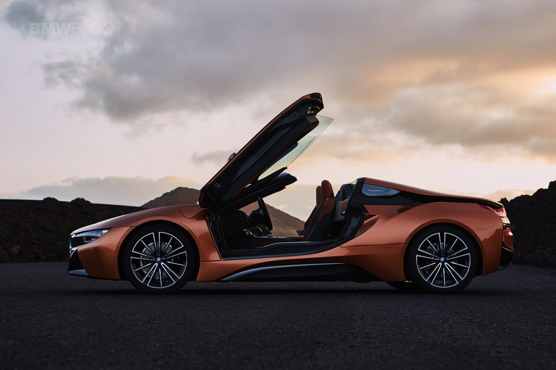 BMW i8 Roadster 19