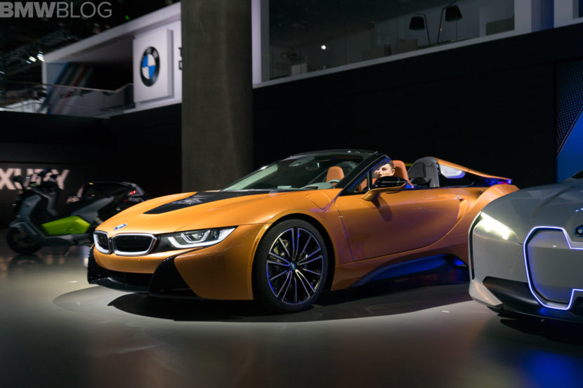 BMW i8 Roadster LA Auto Show 1 830x553