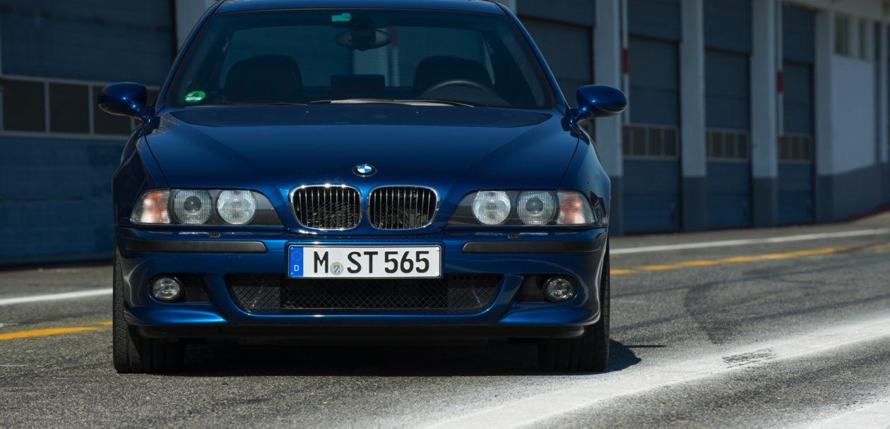 BMW E39 M5 31 1260x608