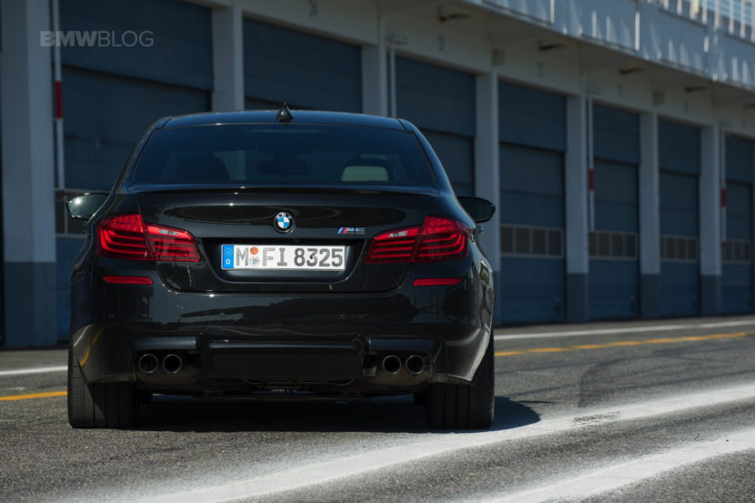 BMW F10 M5 photos 03 830x553