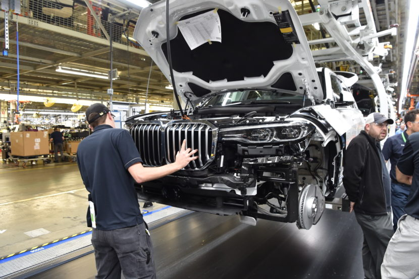 BMW X7 production 12 830x553