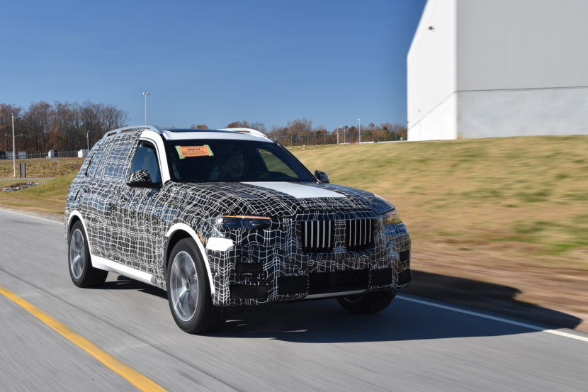 BMW X7 production 26 830x553