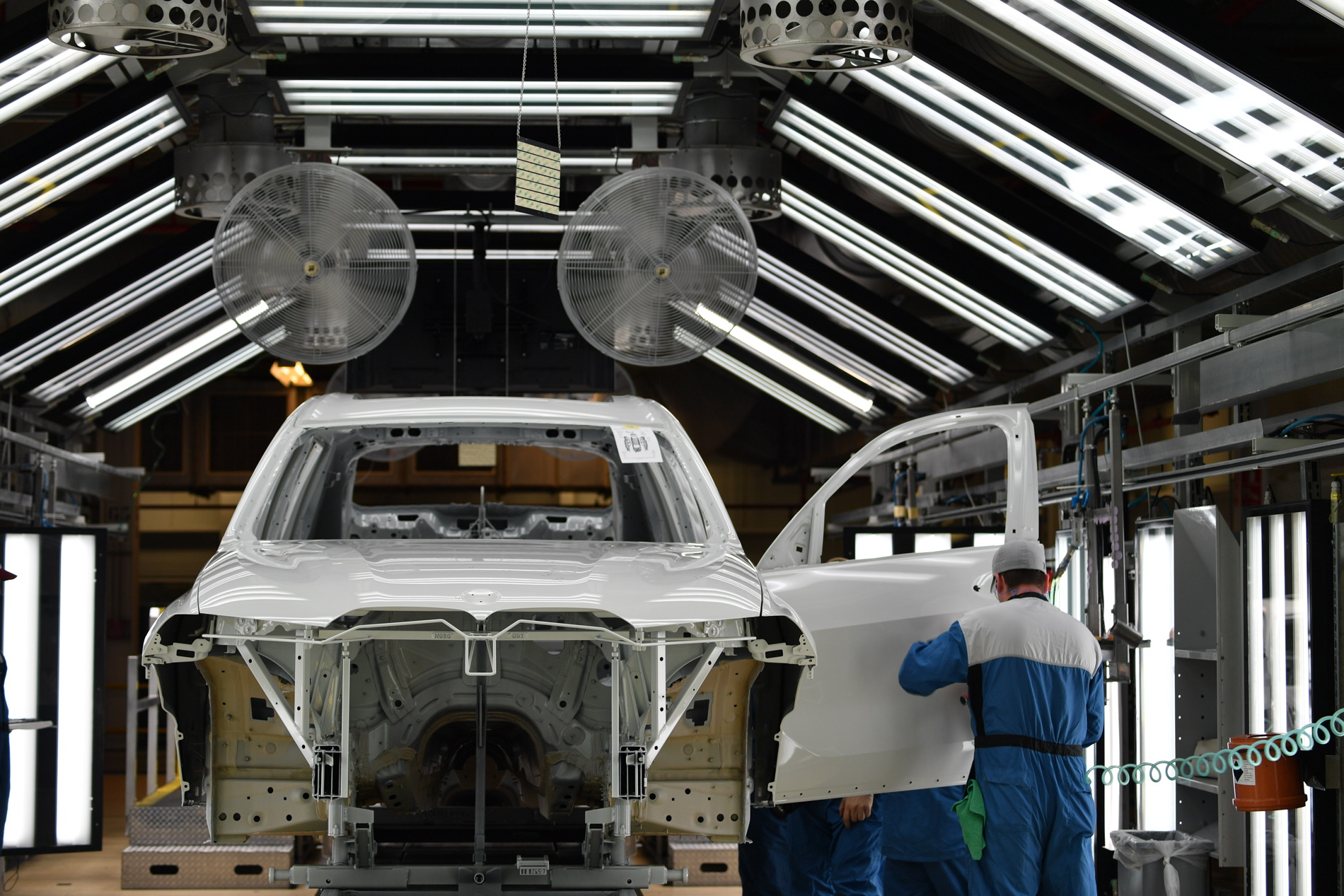 BMW X7 production 29