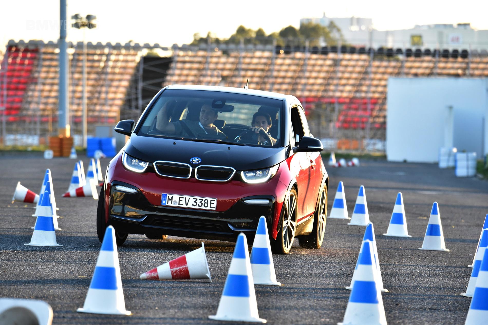 BMW i3s drive 01