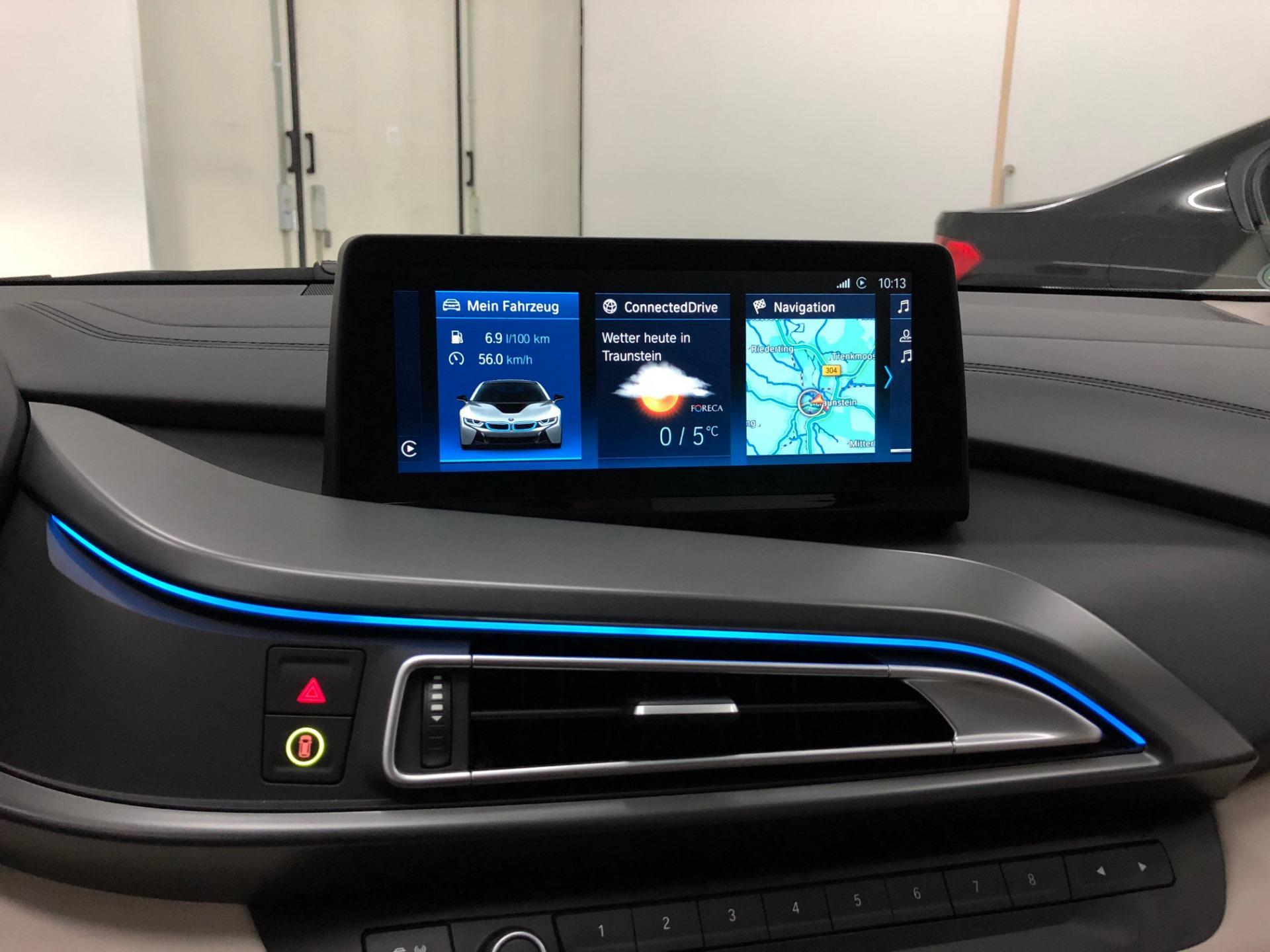 BMW i8 iDrive ID6 Umbau 2018 Infotainment Bimmer Manufaktur 01