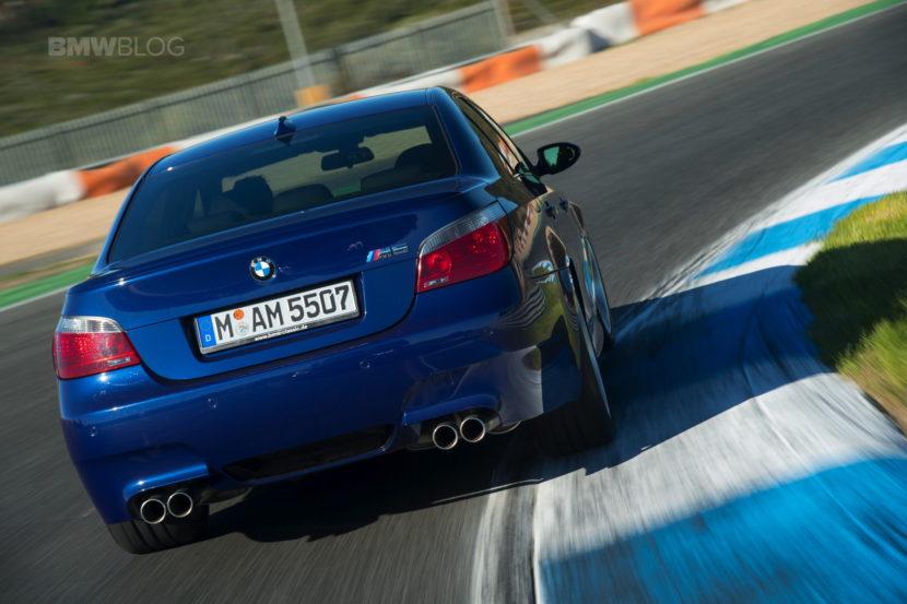 E60 BMW M5 12 830x553