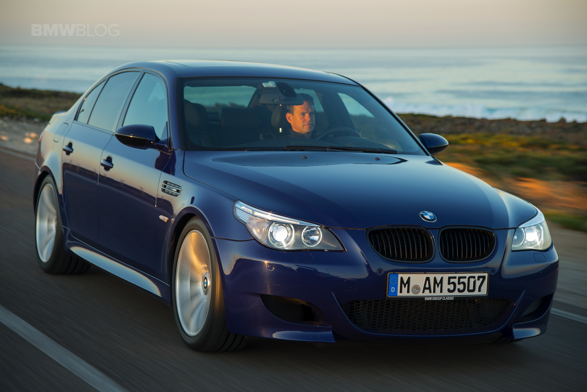 bmw e60 m5 the last ultimate sedan for the professional. Black Bedroom Furniture Sets. Home Design Ideas