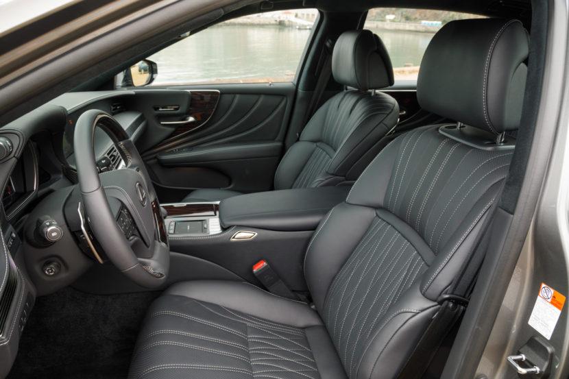 Lexus LS 500 8 830x553