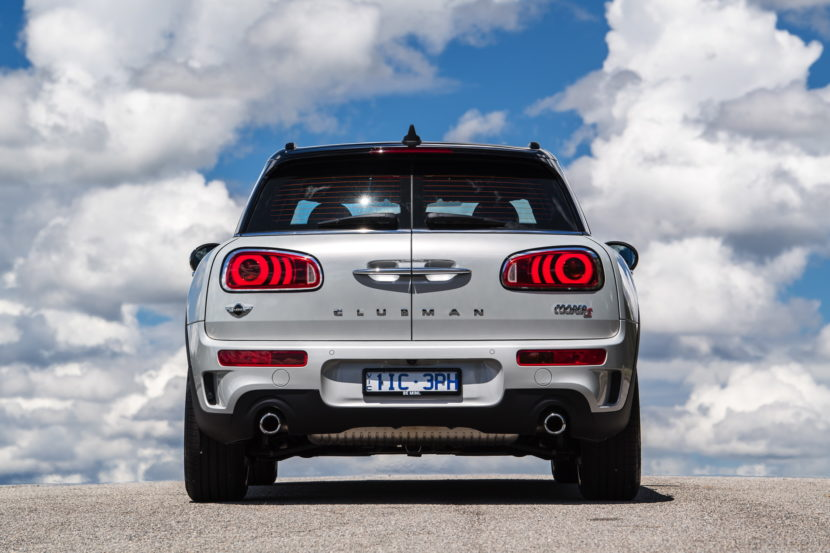 MINI Cooper S Clubman Masterpiece Edition 06 830x553