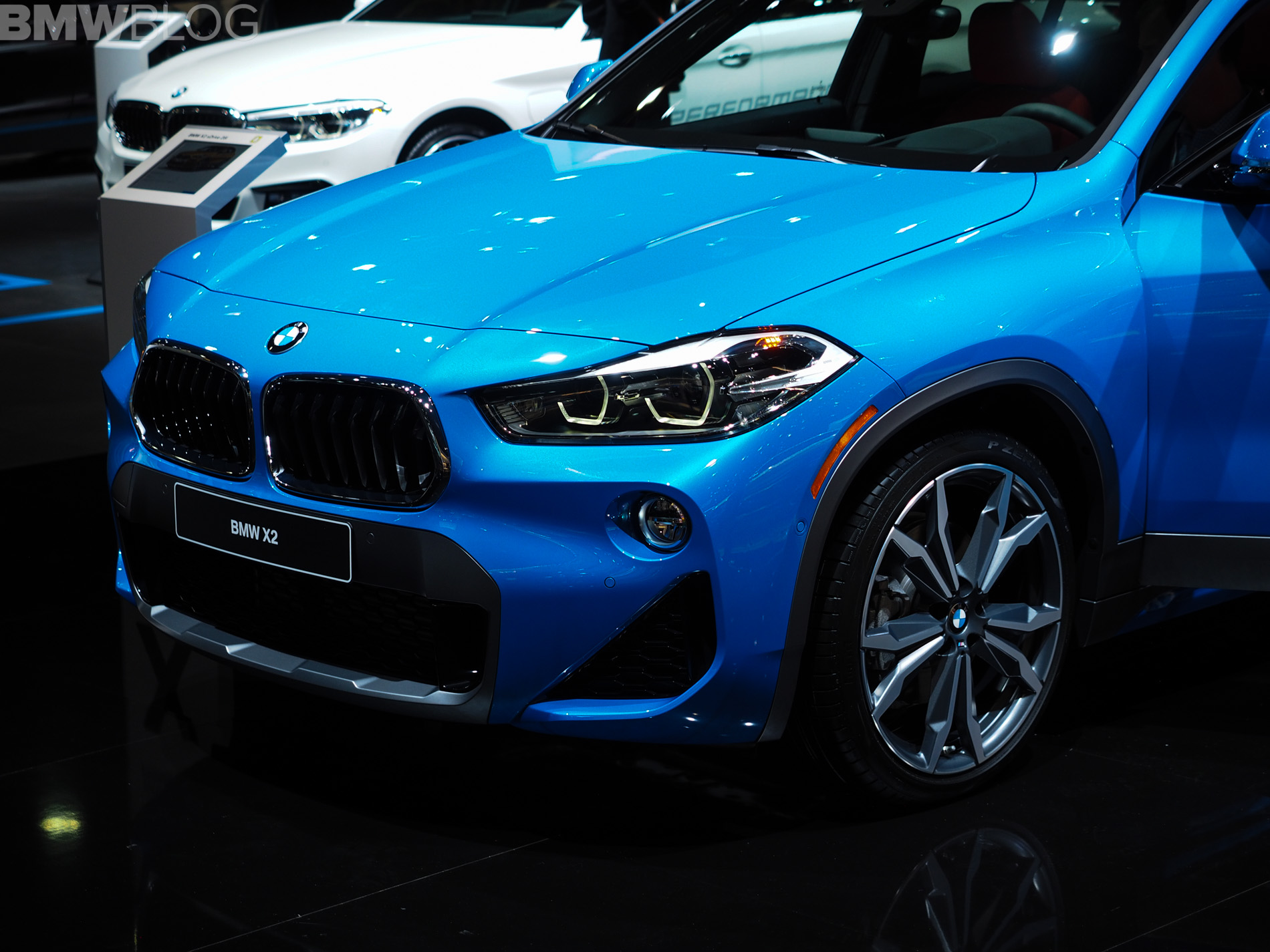 2018 detroit auto show bmw x2 in misano blue. Black Bedroom Furniture Sets. Home Design Ideas