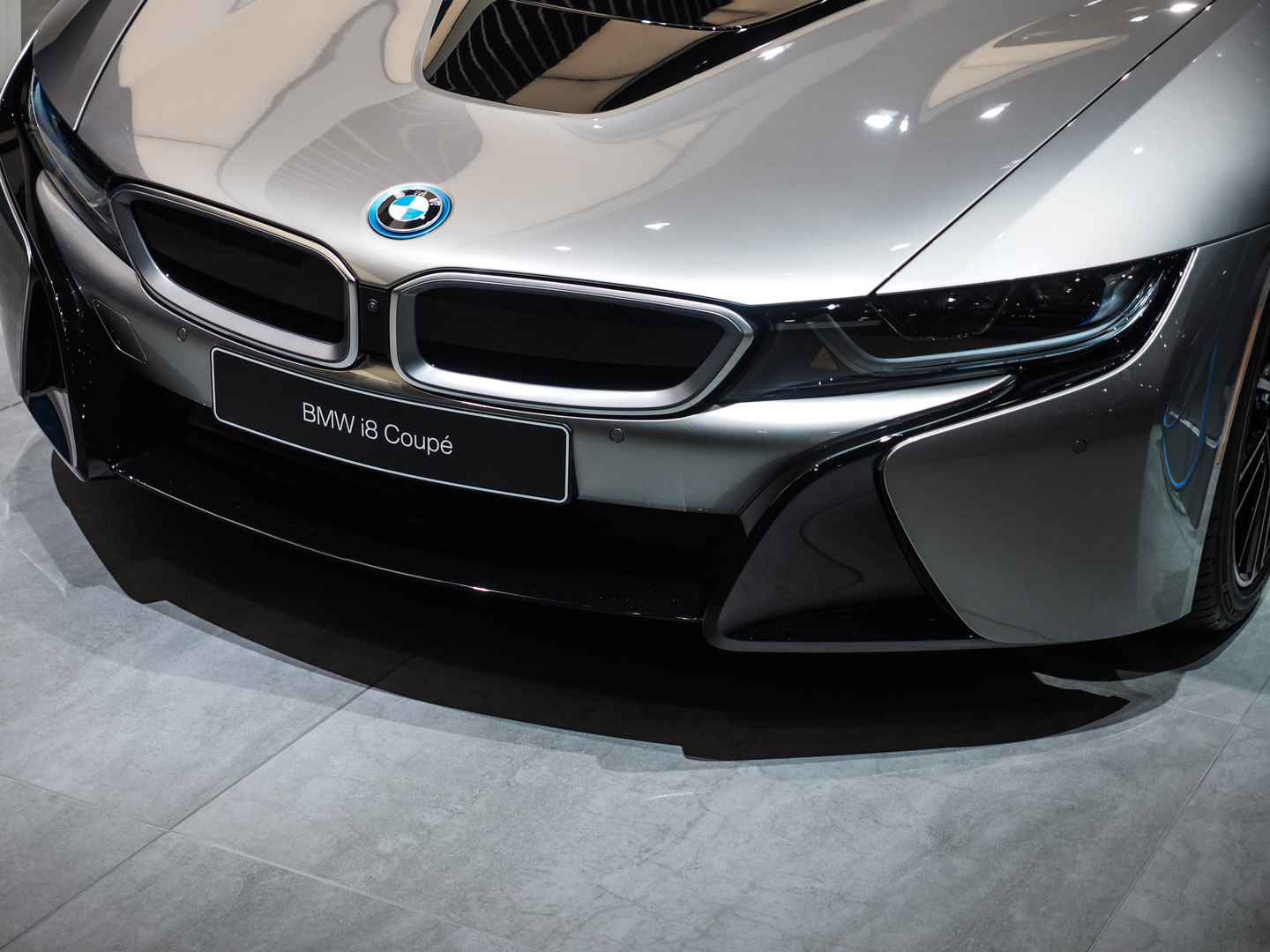 2018 Detroid Auto Show BMW i8 Coupe LCI Refresh Facelift 11