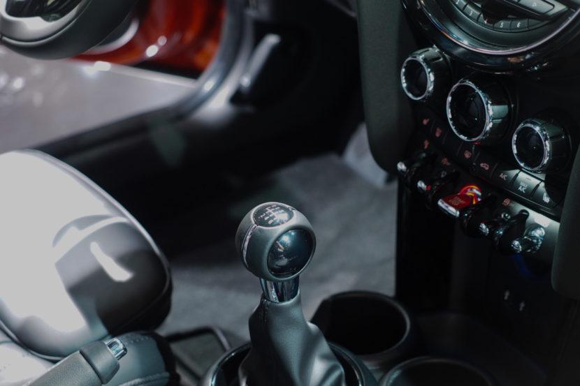 2018 MINI Hardtop Detroit 15 830x553