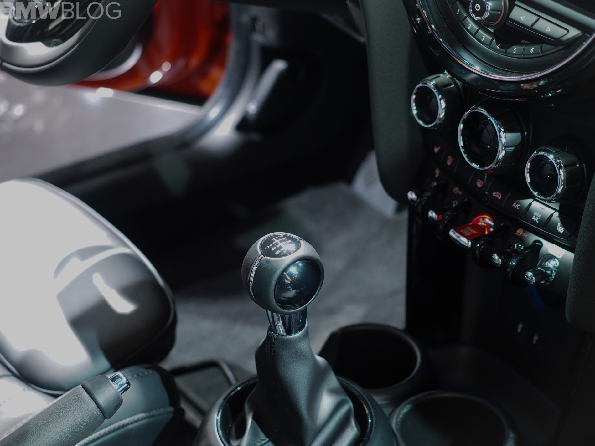 Manual MINI Models to Be Temporarily Pulled from Sale in the US