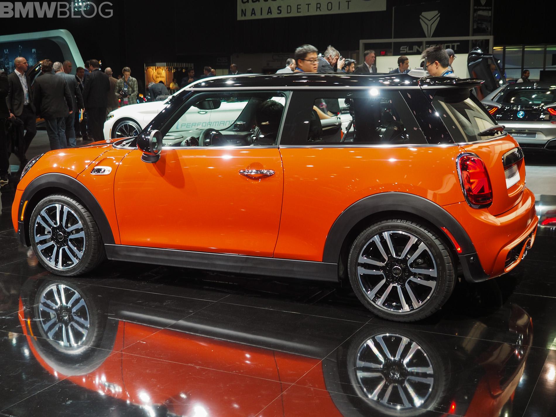 2018 Detroit Auto Show The New Mini Hardtop Facelift